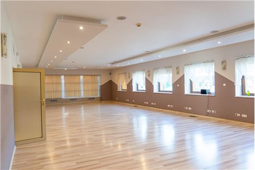 Commercial/Retail - For Sale - Katowice, Poland - 24 - 800061064-35