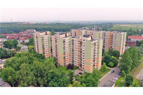 Mieszkanie na parterze - Sprzedaż - Katowice, Polska - 85 - 800041001-670