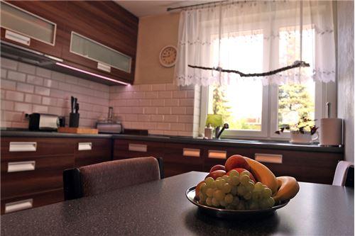 Dom dwurodzinny - Sprzedaż - Katowice, Polska - 29 - 800041001-678