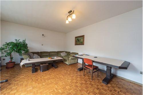 Dom dwurodzinny - Sprzedaż - Jaworze Dolne, Polska - 89 - 800061080-16