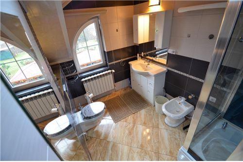 House - For Sale - Ustron, Poland - Łazienka na piętrze - 800061070-16