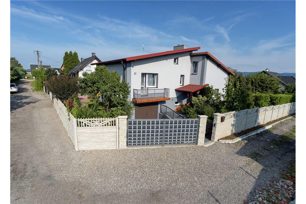 193 Sqm House For Sale 1 Bedrooms Located At 31 Bukowa Czechowice Dziedzice Polska Poland