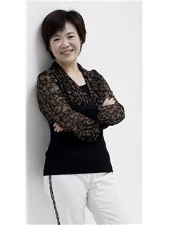 Suqin Zhou - RE/MAX  JIN TING 瑞麦劲亭地产(大虹桥)