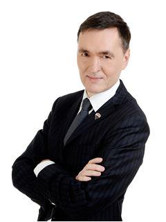 Broker/Owner - Adam Zbrzeżny - Właściciel biura - RE/MAX Top