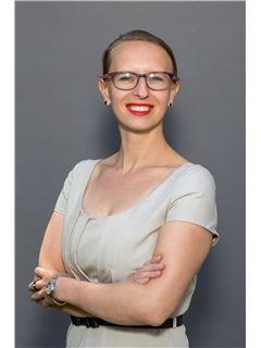 סוכן - Ewelina Kulesza - właściciel biura - RE/MAX City