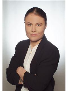 Izabela Łukawska - RE/MAX Capital