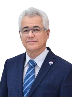 Wadim Nowikow - właściciel biura - RE/MAX Partners