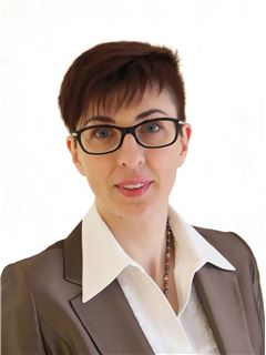 Agata Minich - RE/MAX Top