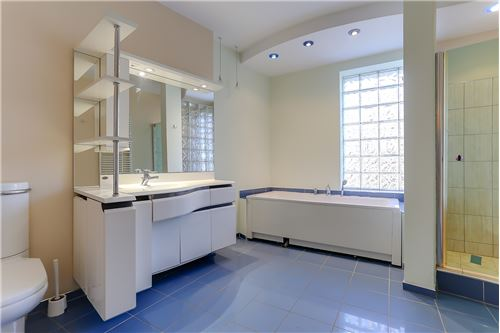חדר אמבטיה