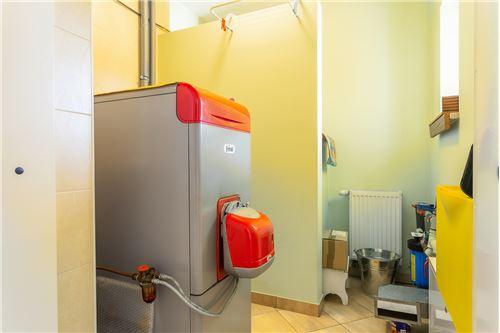 Heat Room