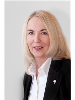 Associate - Jutta Bütow - REMAX in Kleve