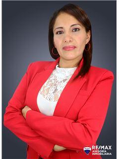 Jessenia Cedeño - RE/MAX Asesoría Inmobiliaria