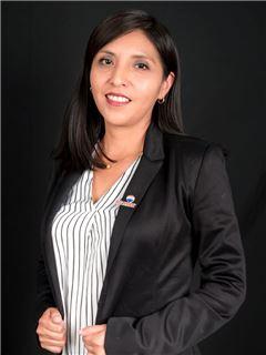 Maritza Guachamin - RE/MAX Capital