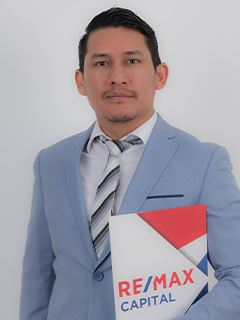 Pablo Vaca - RE/MAX Capital