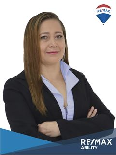 María De Los Angeles Lozada - RE/MAX Ability