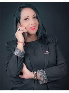 Ana Cristina Realpe - RE/MAX Capital