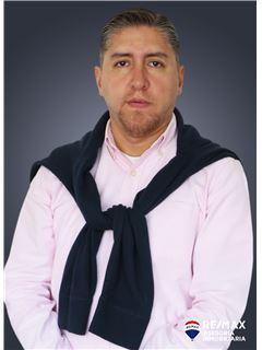 Cristian Diaz - RE/MAX Asesoría Inmobiliaria