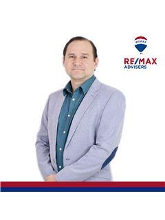 Alex Almeida - RE/MAX Advisers