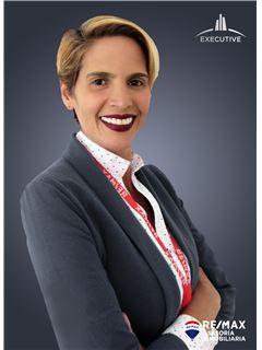 Adriana Diaz - RE/MAX Asesoría Inmobiliaria