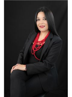 Wendy Dayanara Lopez - RE/MAX Capital