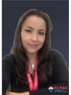 Alexandra Bolaños - RE/MAX Asesoría Inmobiliaria