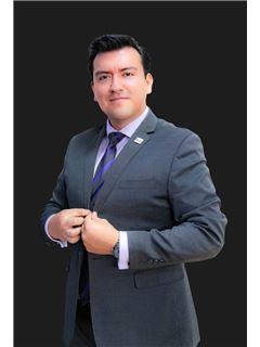 Danilo Ramon - RE/MAX Capital