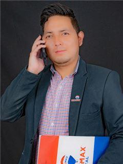 Jorge Molina - RE/MAX Capital 2