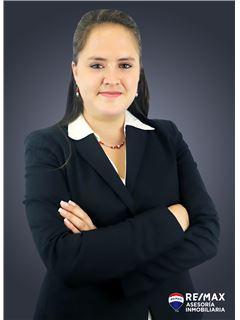 Alejandra Cazar - RE/MAX Asesoría Inmobiliaria