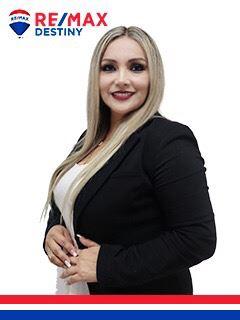 Lorena Peña - RE/MAX Destiny