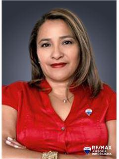 Ximena Peralta - RE/MAX Asesoría Inmobiliaria