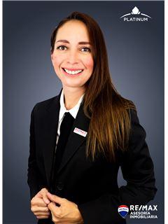 Mariana Lastra - RE/MAX Asesoría Inmobiliaria