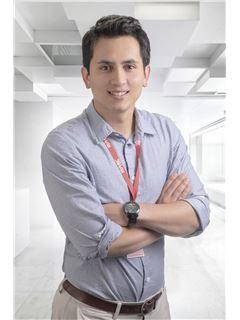 Gonzalo Eduardo Lasso - RE/MAX Platinum