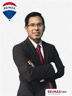 Adrian Lopez - RE/MAX 100 2