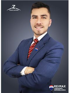 Cristian Cevallos - RE/MAX Asesoría Inmobiliaria