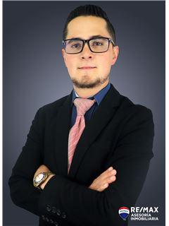 Andres Andrade - RE/MAX Asesoría Inmobiliaria