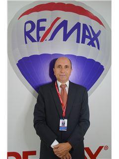 Ernesto Rodriguez - RE/MAX Kigal