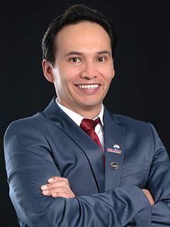Diego Valladares - RE/MAX Capital