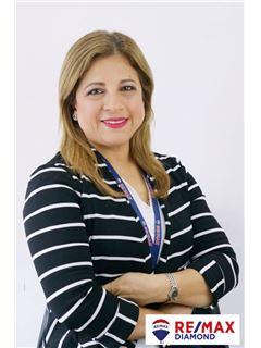 Vicky Palacios - RE/MAX Diamond