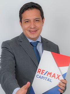 Andres Segovia - RE/MAX Capital