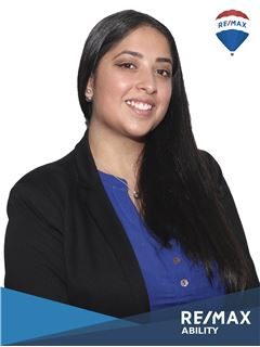 Sharon Pazmiño - RE/MAX Ability