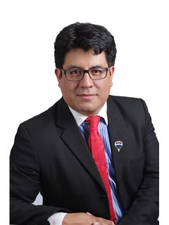 Kléver Eduardo Guanoluisa - RE/MAX Capital