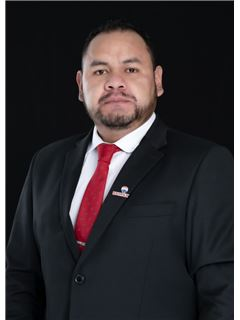 Carlos Morales - RE/MAX Capital