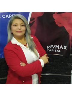 Christina Ponce - RE/MAX Capital
