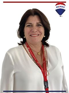 Agente en Entrenamiento - Ana Luisa Blum - RE/MAX Professional