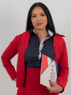 Angelica Neira - RE/MAX Capital