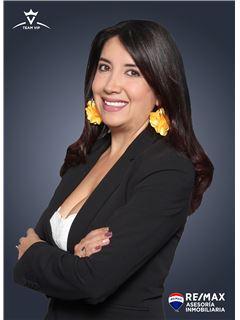 Gerente de Equipo - Karla Durán - Directora Comercial - RE/MAX Asesoría Inmobiliaria