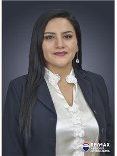 Tania Paez - RE/MAX Asesoría Inmobiliaria