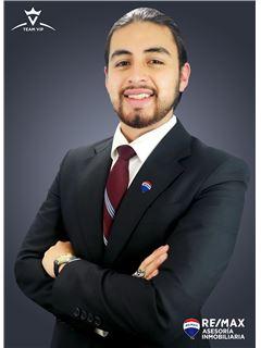 Mateo Yepez - RE/MAX Asesoría Inmobiliaria