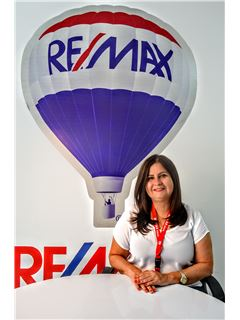 Veronica Moreno - RE/MAX Kigal