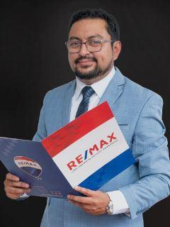Jorge Salazar - RE/MAX Capital 2
